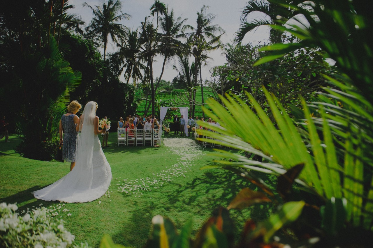 Rustic garden Bali wedding at Chalina Estate