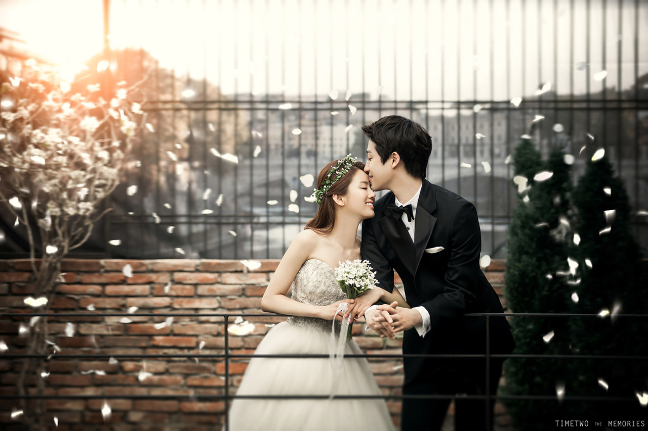 Korean wedding photography studio photos by Timetwo Studios