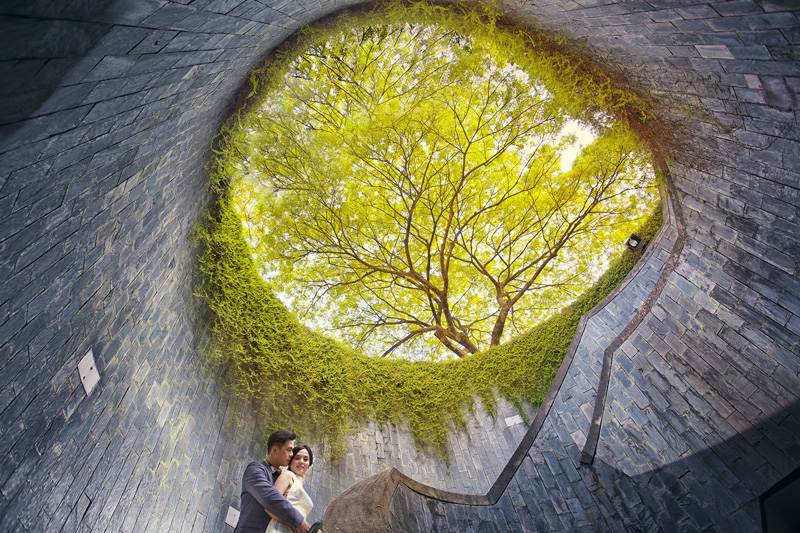 Pre-Wedding Photography at Fort Canning Park Singapore by ME&you Studio in Singapore