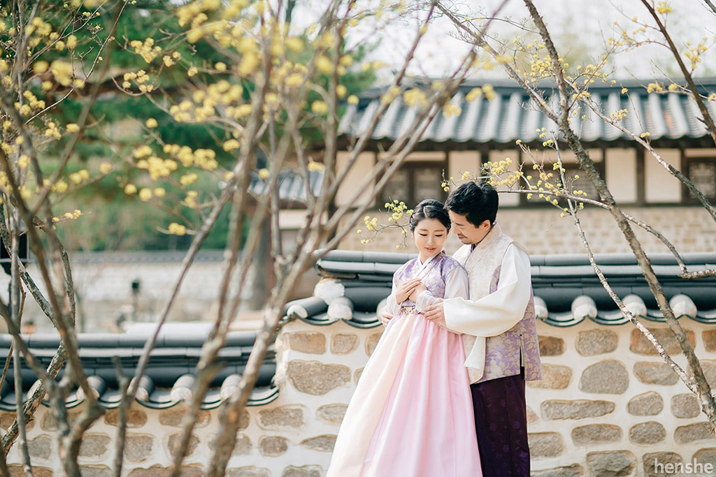 post wedding photoshoot-korea-hanbok-namsangol village-jungyeol-onethreeonefour-15