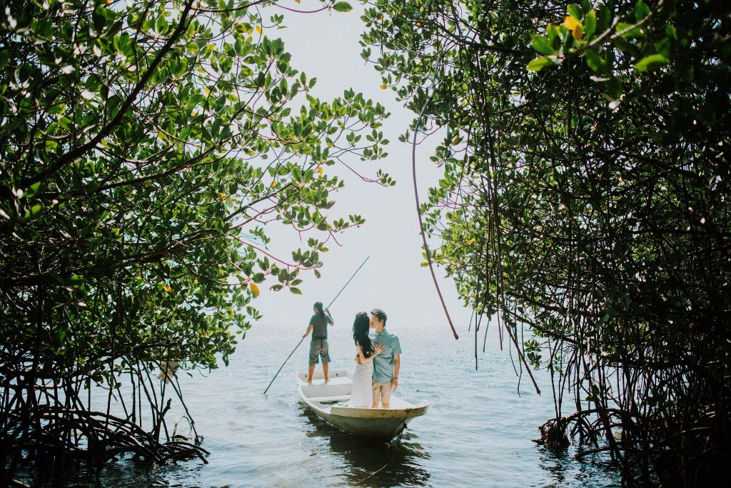 engagement photo lembongan mangrove