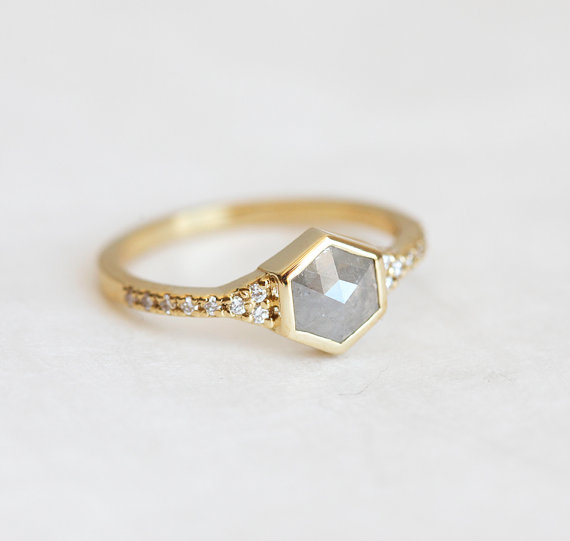 20 etsy engagement rings in unique designs