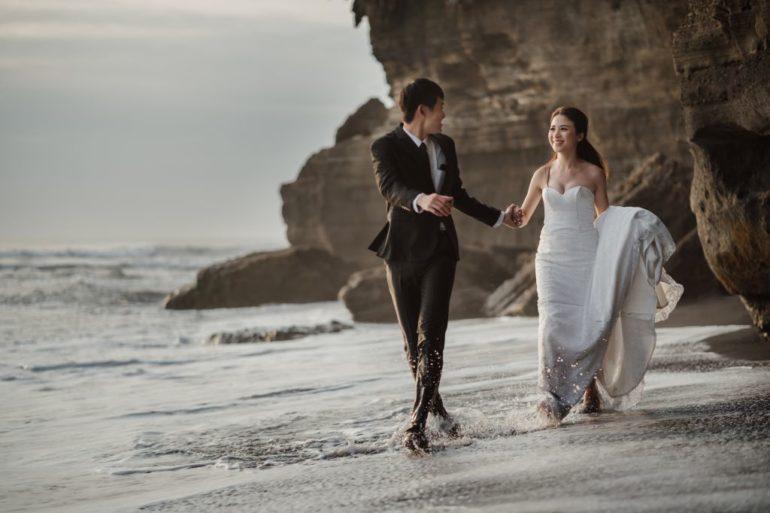 playa de la sesión de fotos de la boda de bali